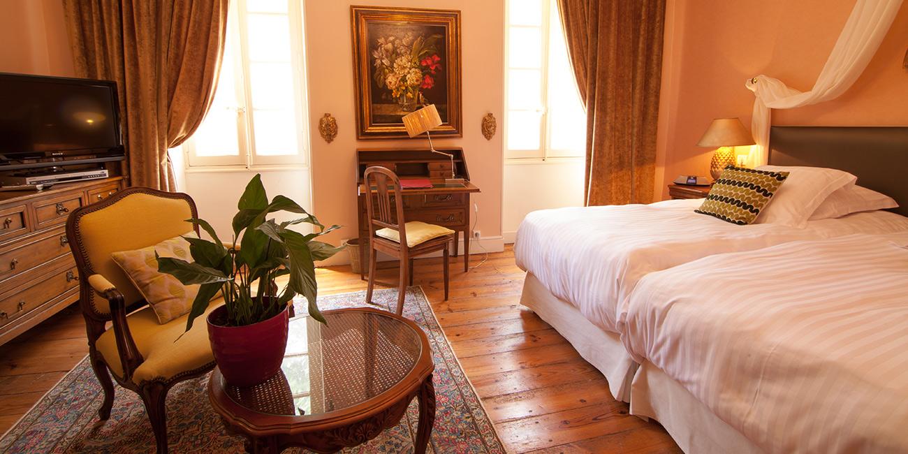 Chambre3-Domaine-de-Rasigous-005