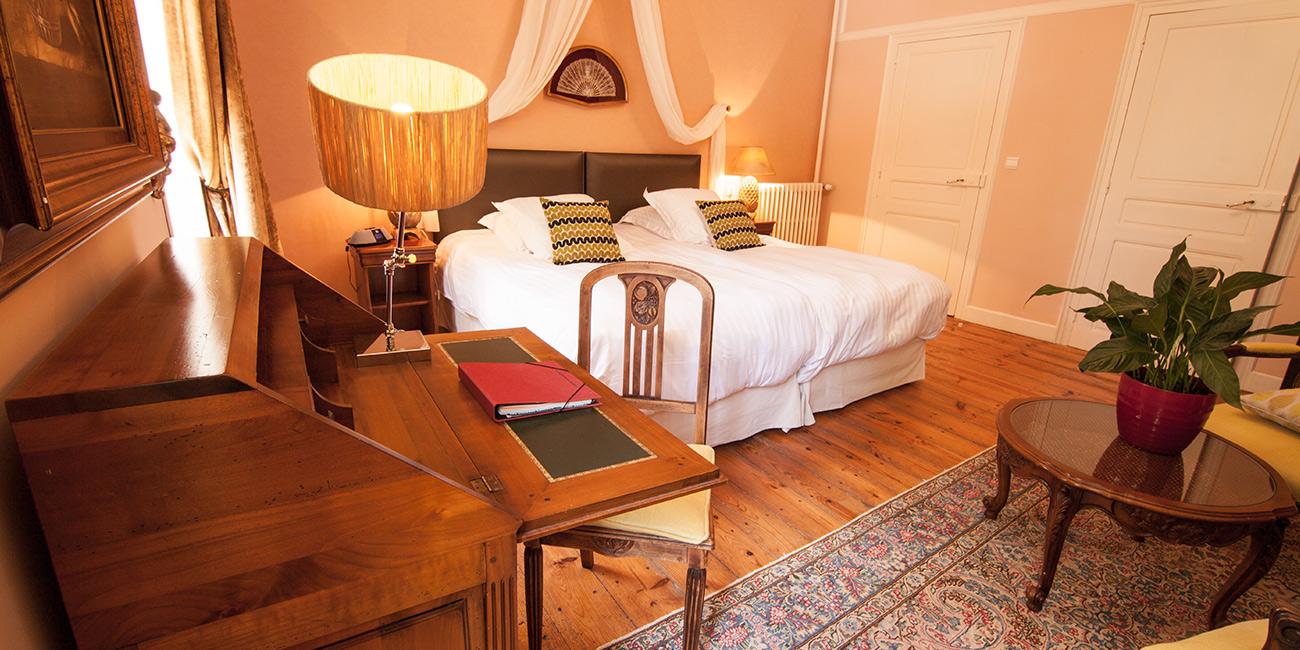 Chambre3-Domaine-de-Rasigous-003