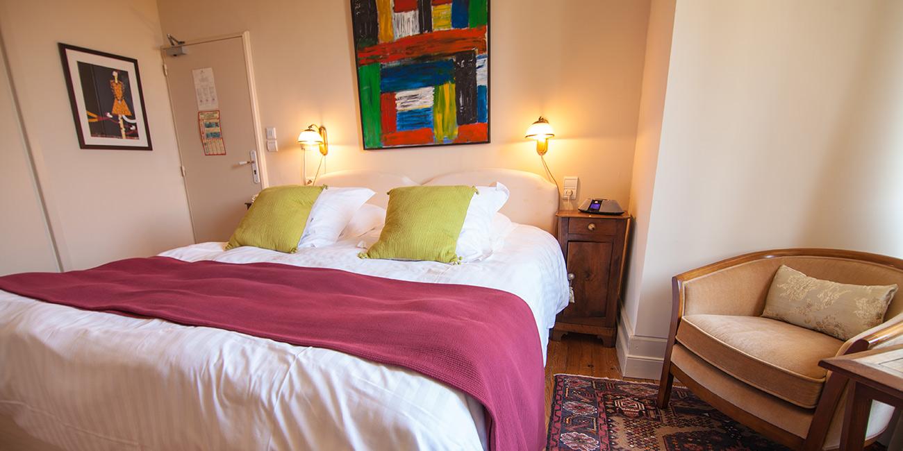 Chambre1-Domaine-de-Rasigous-005